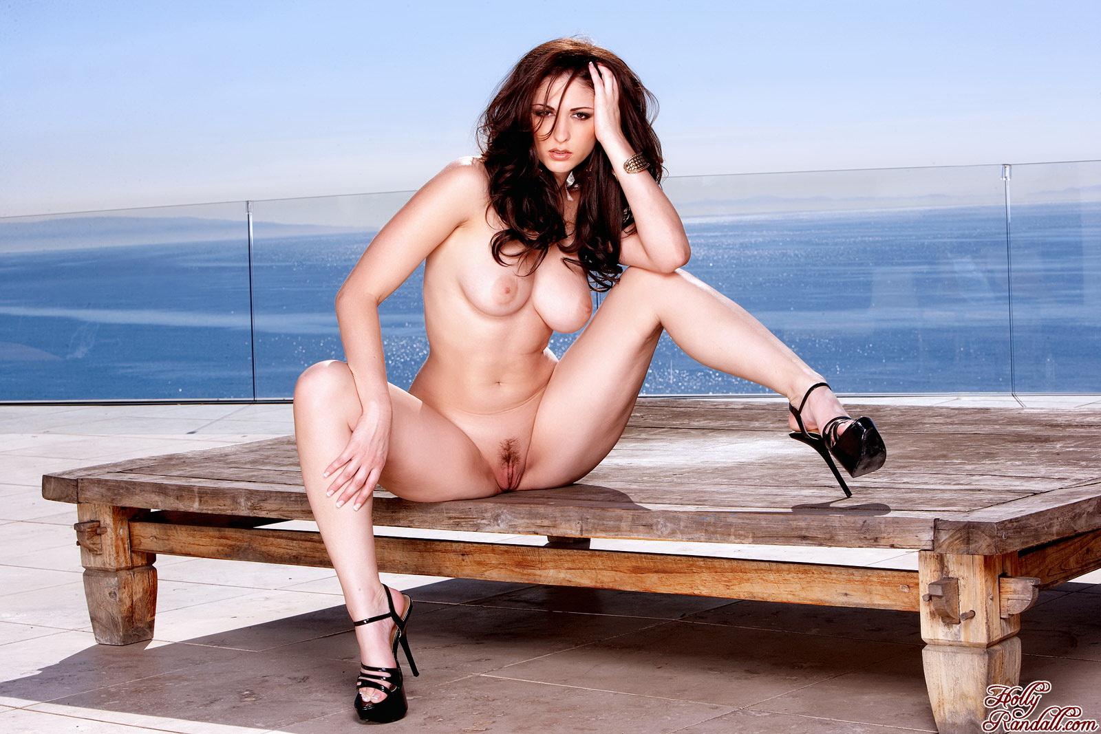 Яндекс голые женщины