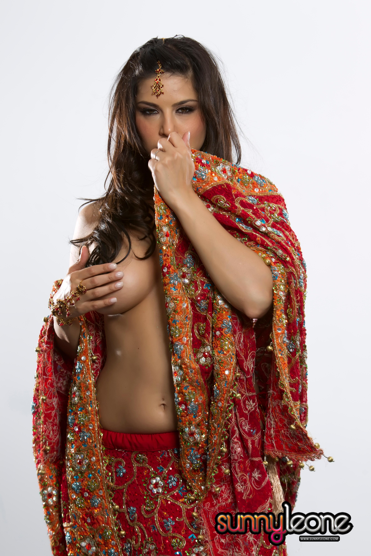 Indian Red Porn Complete ♤ ♧ ♢ ♥ joker → sunny leone – sexy indian red saari (hi-res