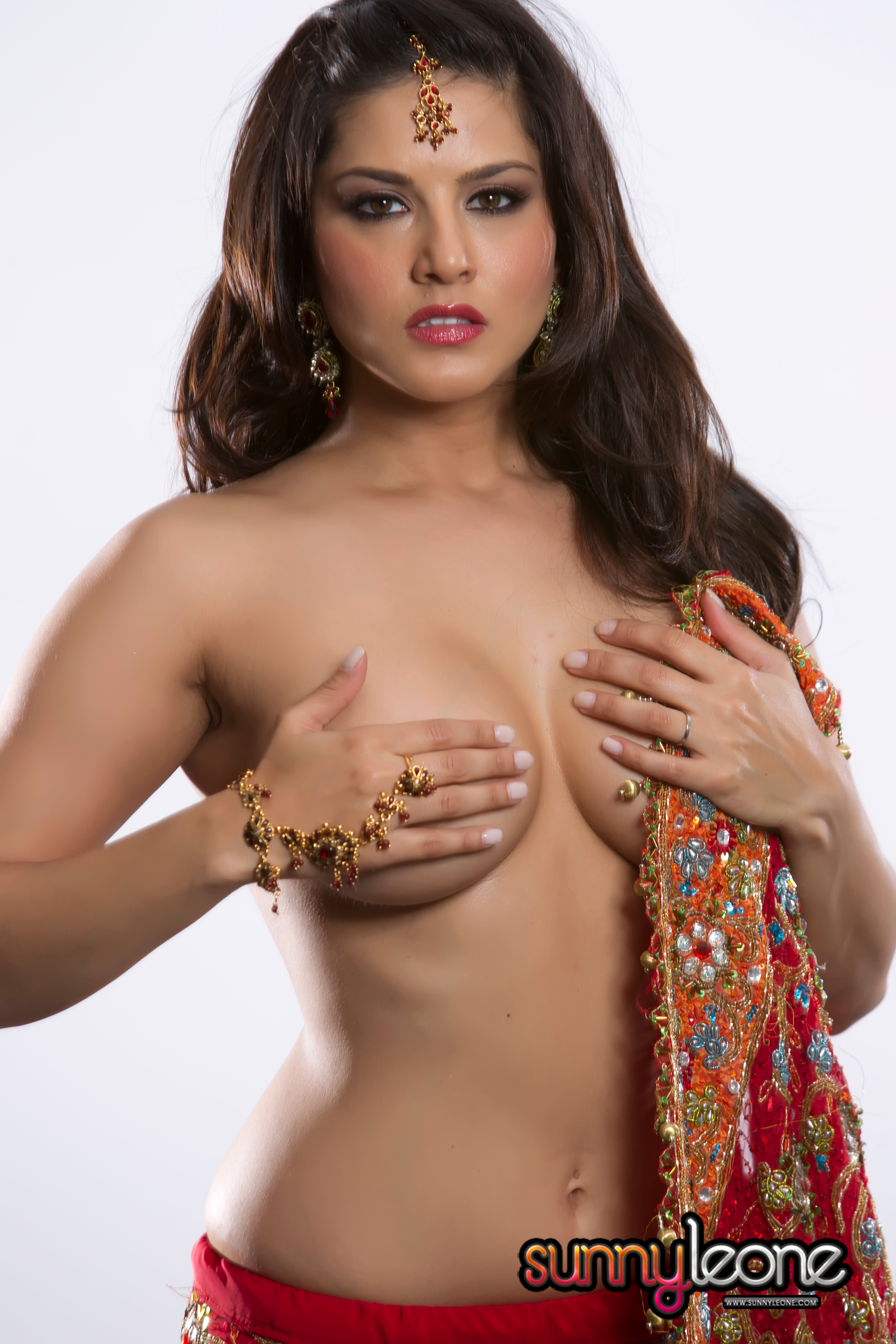 Indian Red Porn Cheap ♤ ♧ ♢ ♥ joker → sunny leone – sexy indian red saari (hi-res