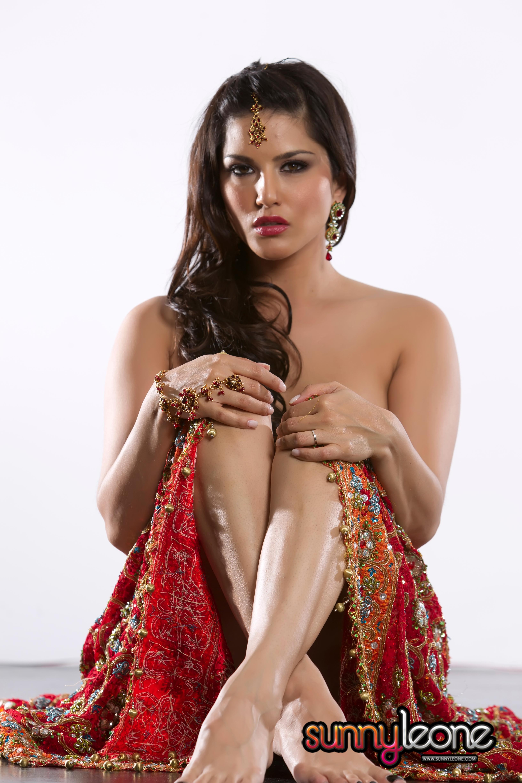 Sunny leone lesbian nude-9717